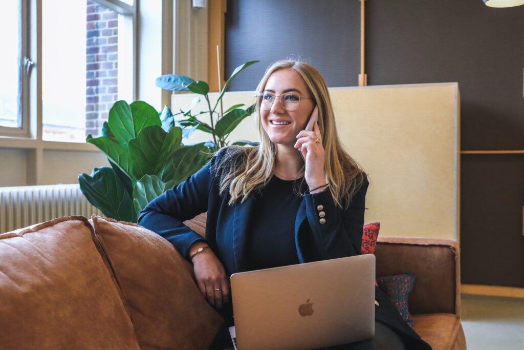 Strategi Bisnis Employer branding: Kiat Sukses Menjaga Loyalitas Karyawan